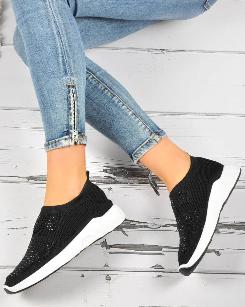 Wsuwane damskie buty sportowe CZARNE B2 3 3689 S3