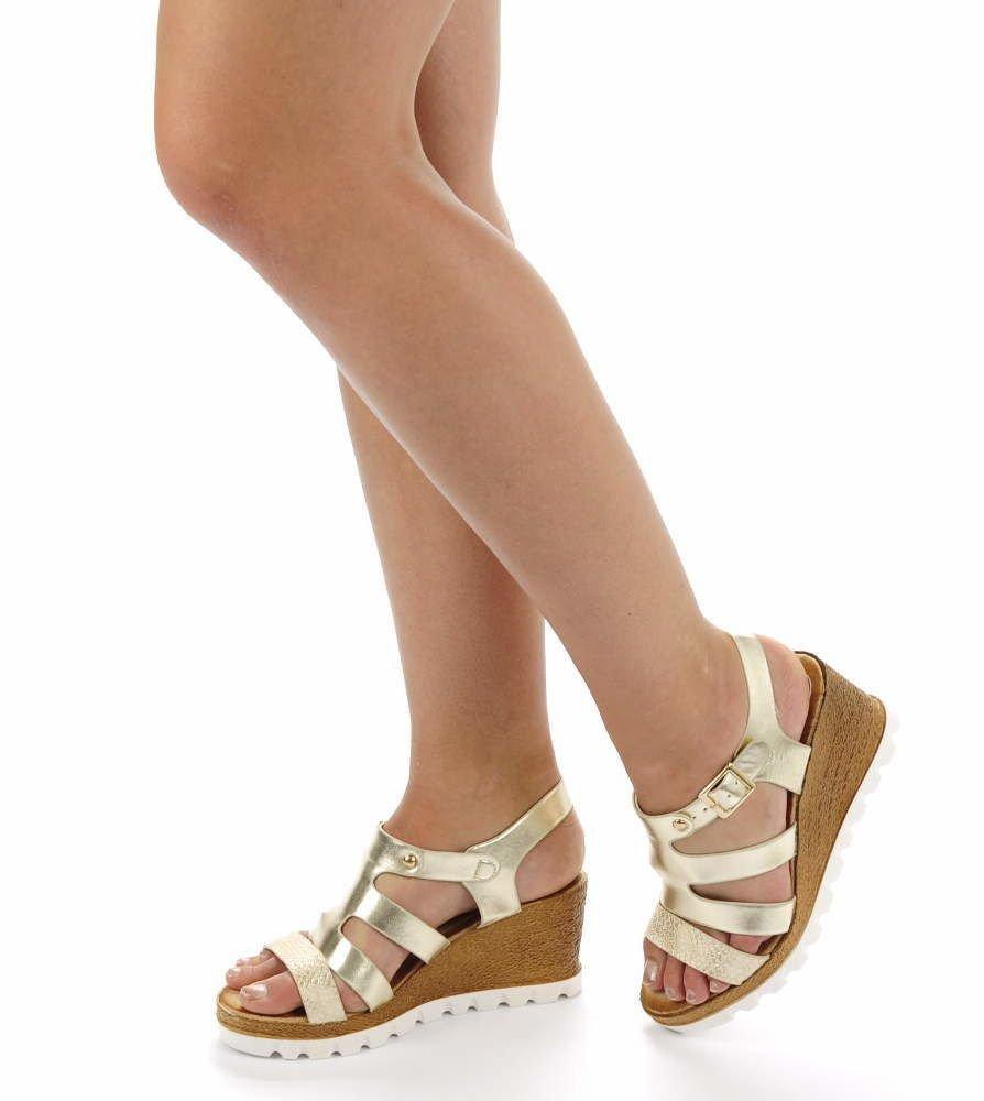 3ac5c4f5c27e9 Złote sandały na średnim koturnie /E7-3 Ae559 S254/ | Pantofelek24.pl