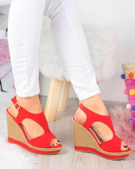 494206a7 Czerwone sandały damskie na koturnie i platformie /G10-3 3364 S326/