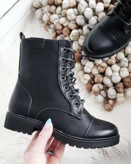 Randki z klamrami do butów