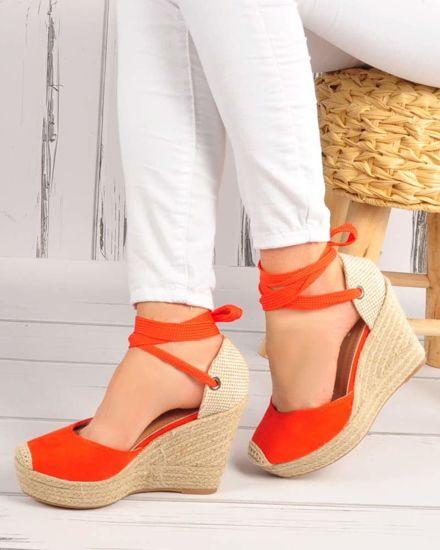 875db026 Pomarańczowe sandały na koturnie i platformie /C5-2 3561 S390/